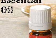 Natural Living with Essential Oils / How to use essential oils for beauty, wellness, and nontoxic living.