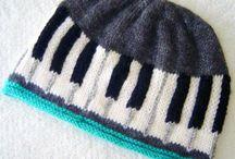 Háčkování, pletení (crochet, knitting)