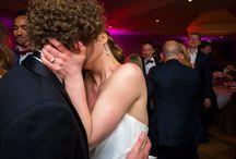Hochzeitsparty / Bei der Hochzeitsparty soll es laut und wild zugehen!