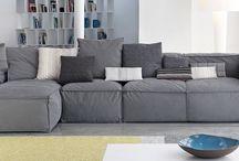 Lounging / Sofas