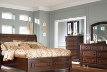 Paint colors for bedroom / by Angela Robbins