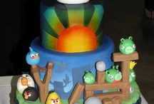 Cakes / by Vicki Verschaeve