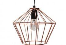 Meubeltrend-nederland.nl | hanglampen / Hanglampen in alle soorten en maten. De hanglamp is de kroon op je interieur. Van industriele hanglampen tot moderne design lampen.