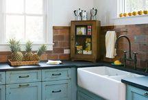 Farm house kitchens / by Anita Diaz