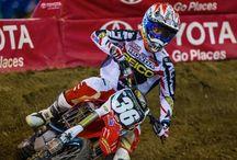 Offroad racing / Supercross Motocross enduro