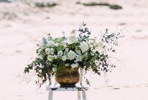 Floral Centrepieces / Organic, unstructured, gorgeous floral centrepieces and arrangements to inspire