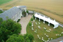 Une belle Salle de réception dans un cadre magnifique / La Salle de réception du Château de la Motte - homologuée pour 110 places assises - est située dans un environnement unique et authentique