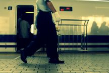 walking in tokyo station / walking in tokyo station