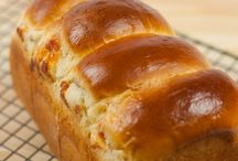 Breads / Yeast, quick, sweet, and savory!