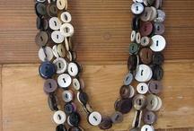colares  de botões