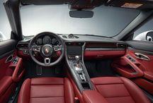 Porsche 911 Turbo S Cabriolet / Una gran superioridad no surge de grandes palabras. A veces basta con solo aparecer: Porsche 911 Turbo S Cabriolet.