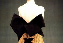 """Christian Lacroix / When the French designer launched his first couture collection, in 1987, his eccentric theatricality immediately seduced the fashion scene. He had originally studied art history aiming to become a museum curator: a taste for the past that was recognisable in his garments that evoked the baroque style and used the crinoline and 18th century """"pouf"""". In 2010, he stopped designing fashion. (The Red List)"""