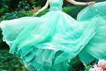 미니드로잉전-드레스