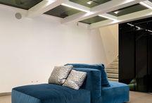 Новинки мягкой мебели от фабрики SWAN 2017 / фабрика мягкой мебели SWAN ITALIA представила в 2017 году на экспозицию свои новинки в центре города Милана, в галерее Florim.    Во вложении представлены фотографии новинок Swan Italia в галерее Florim.Здесь вы можете увидеть модели Hemingway, Le Nuvole, Miami, Chelsea, Trefolie, а также новинку 2017 года - кресло Amelie дизайна Francesco Luchese.