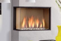 Corner Gas Fires / Specifically intended to complement the contemporary styles of fireplaces, Banyo offers an amazing assortment of Gas Fires which have a conspicuous appeal which can grab the attention of many in just a glance. These breathtaking and revolutionary Gas Fires are designed to create a painterly delight in any living space making it look ethereal and serene.