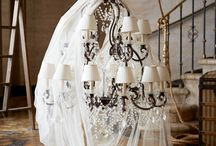 Dining room inspiration / dining table, chandelier, seats and rug