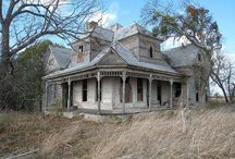 Abandoned houses/ mansions