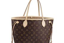 Louis Vuitton<<<3<3<3