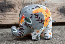 ALL THINGS: Elephants / Elephant awesomeness.