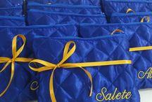 Necessaire Amor / Necessaire em matelassê personalizada para presentear madrinhas, mãe da noiva, mãe do noivo, damas, daminhas e convidadas do casamento