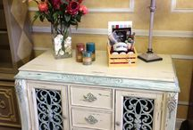 Chalk Paint® Old White / Furniture and items painted with Chalk Paint® in color Old White