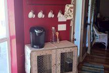 My little coffee corner / by Maria Castellanos