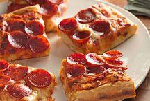 Pizza. / by Mallori Macedo