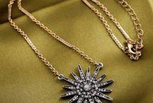jewelry / trendy pieces