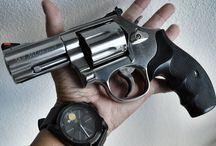 Zbraně - guns