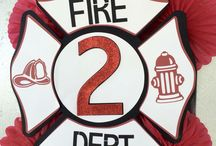 Fire fighter party decorations! / Ideas on how to personalize your fire truck party!