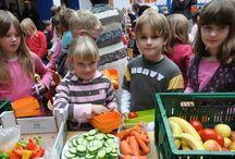Kinderen / Vanalles over kinderen van voeding tot achter het behang plakken ;-)