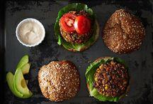 {Meat-Free} Burger / Burgers #recipes #meatfree #veggie
