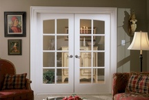 Tudor / TruStile's Tudor door collection is reminiscent of the classic Tudor Revival period. Inspired by English manor homes and French country estates, the doors feature an assortment of elegant designs, gentle arches and arched lock rails found in Tudor entries and doorways. TruStile's Tudor series will bring a touch of European charm to your home.