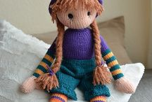 Knitting dolls