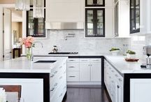 Dream Kitchens / I would cook here any day!