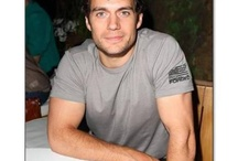 Henry Cavill - Curves for Cavill / We are the Henry Cavill Fanpage on Facebook, Twitter, Pinterest, Flickr, Tumblr, Instagram and YouTube! http://www.facebook.com/HenryCavillFans