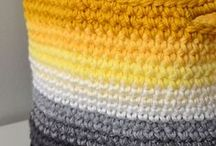 Assesoarer - heklet, strikket