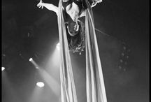 Aerialists / Aerial based acts