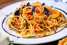 Spiralizer Recipes / Here at Healthy Reality we are big fan of the spiralzer!