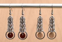 Ringslöjd örhängen (Chain maille earrings)
