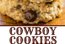 Cookie Brownies and Bars / Cookie Recipes that are great for a snack or dessert including everyday cookies and holiday cookies