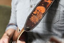 Custom guitar straps / Leather guitar straps for rockers and good stuffs lovers.