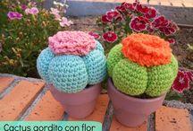 cactus y flores de crochet