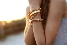 Accesories / Watches & jewerly