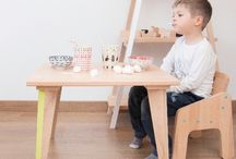 Eco Kids Furniture / A new brand from France this time, joins Genius Design. Paulette & Sacha makes by hand all its solid wood furniture uses only environmentally friendly materials. Why? Because at the beginning of their lives young children spend at least 18 hours a day in their bedroom. Because melamine furniture - or wood covered with toxic industrial paints and varnishes - emits toxic fumes. Opting for environmentally friendly child furniture is like insisting on healthy eating, without any pesticides and GMOs.