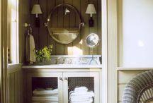 Bathrooms / by Gilian Engelson