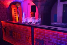 Bar Hire Company Portable Cocktail Bar / Are you planning an event indoors or outdoors and aren't sure how to ensure your guests are well looked offer? Bars2You now offer a Mobile Bars service that is second to none.