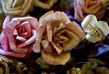 Flores em palha de milho
