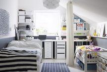 Kids rooms / by Jeannie De Gruccio