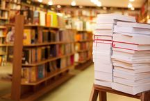 Amazing Dead Trees! / Awesome books and all things literary-related